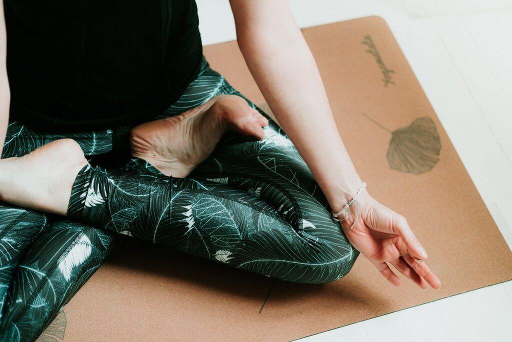 Lunaria-Cathy-Marion-Rosa-Event-Design-yoga-lotus-yogamatata